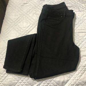Black straight leg D Jeans skinny leg